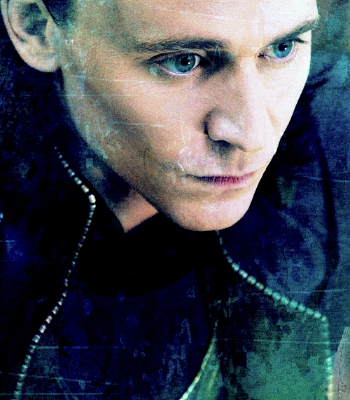 3 loki tom hiddleston