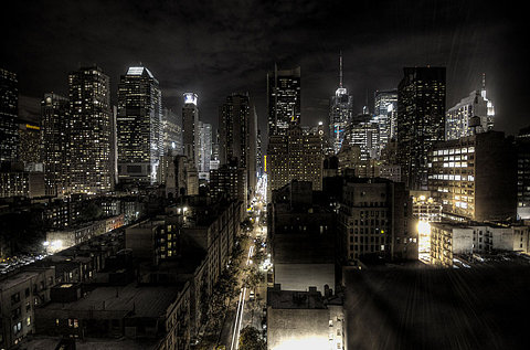 night-in-the-city-photo