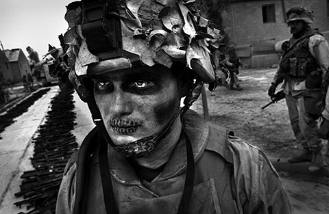soldier-photo-black-and-white