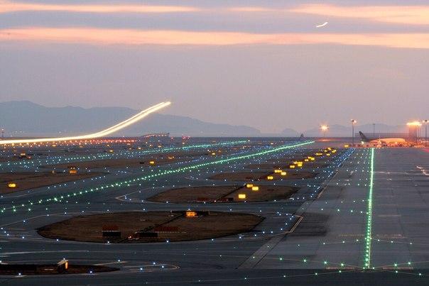 airport-art