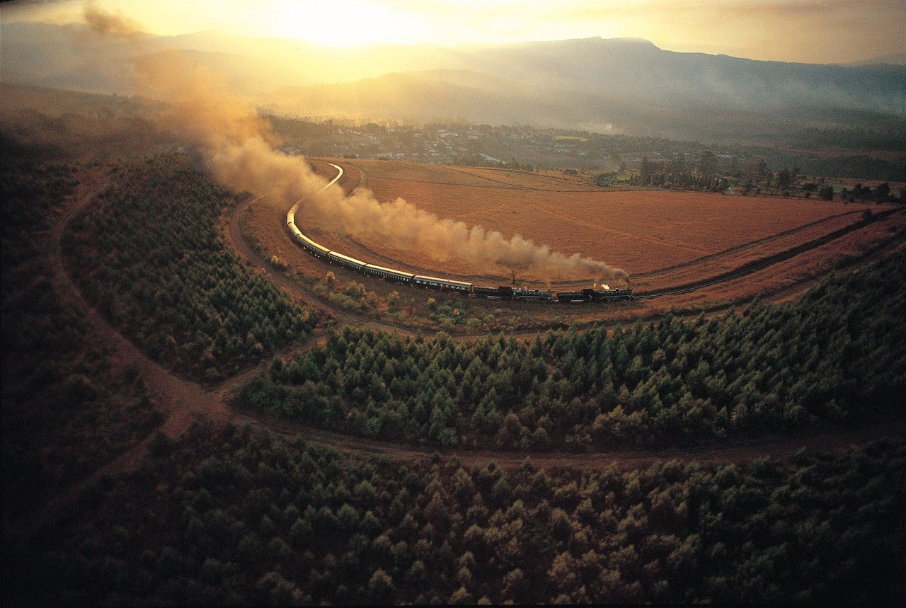 beautiful-landscape-train